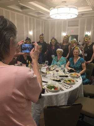 A behind the scenes look at Ellen's table at the Banquet.