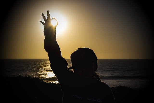 sunset-2427003_640